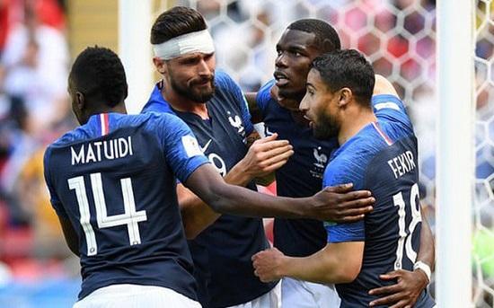 Đội tuyển Pháp có những chiến thắng quan trọng trước Australia và Peru.