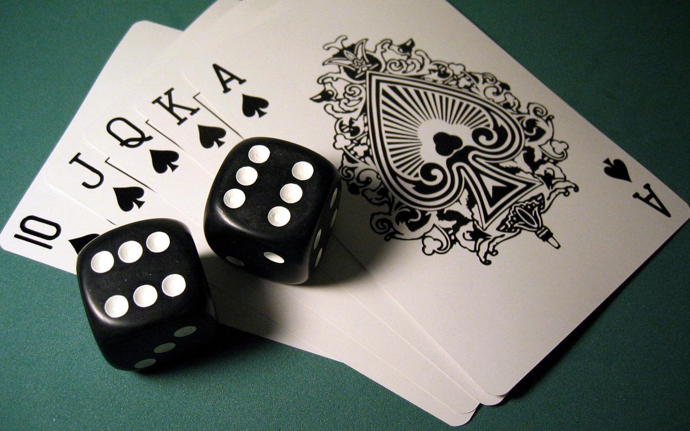Những trận bài bạc thâu đêm suốt sáng