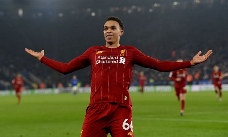 top-cac-hau-ve-canh-phai-hay-nhat-the-gioi-trent-alexander-arnold